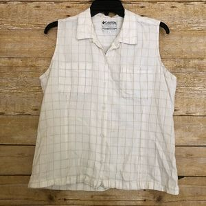 Columbia White Sleeveless Windowpane Shirt